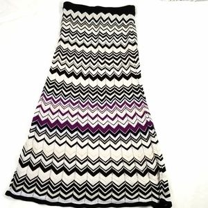 White House Black Market Chevron Print Maxi Skirt